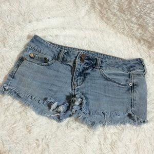 American Eagle Stretch Denim Cut Off Shorts sz 4